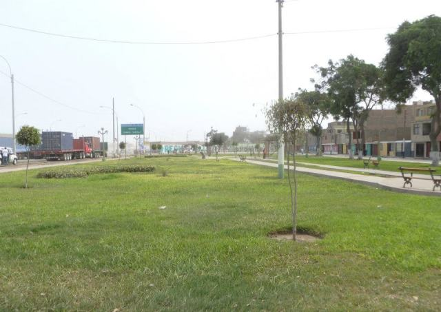 Zona recuperada este parque se encuentra a lo largo de la cuadra 5 de Av. Néstor Gambeta y se agradece. No estoy segura de que autoridad fue responsable de su recuperación, pero tengo entendido que fue una de las empresas que contamina la zona y que según los reglamentos de la cuidad deben de contribuir con áreas verdes para contrarrestar dichos efectos contaminantes. BUENO SI FUE EL ALCALDE , EL PRESIDENTE REGIONAL O UNA EMPRESA PRIVADA LO IMPORTANTE ES QUE SE HIZO Y ESO SE AGRADECE.En un equipo, los conflictos son inevitables… de hecho para lograr soluciones sinérgicas se necesita una variedad de ideas y aproximaciones. Estos son los ingredientes para el conflicto. Susan Gerke