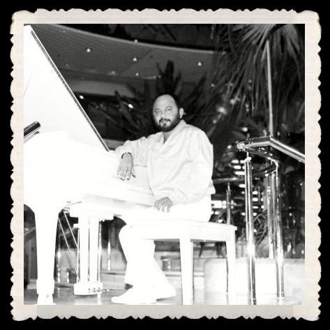 Víctor Merino (Callao, 2 de enero de 1943 - íbidem, 27 de diciembre de 2012) fue un reconocido compositor y músico peruano