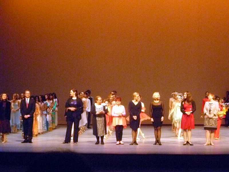 INTERNATIONAL YOUNG DANCERS X FESTIVAL 2013