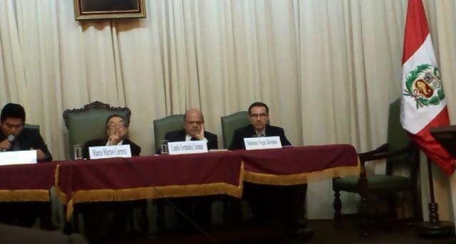HOMENAJE POR LOS 25 AÑOS DE CRÍTICO LITERARIO DEL DR. CAMILO FERNÁNDEZ COZMAN - (63)