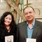 La poeta y Mg. en Psicología Fanny Jem Wong, docente en la Universidad César Vallejo (Filial Callao), con el destacado jurista nacional, investigador escritor Iván Pedro Guevara.