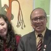 La poeta y Mg. en psicología, FANNY JEM WONG con el Director de Cultura de la Municipalidad de Jesús María, ROMÁN ALVARADO CANO
