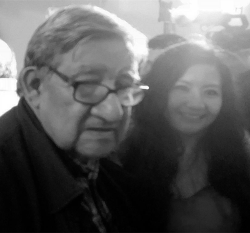La poeta y Mg. en Psicología, Fanny Jem Wong, de la Universidad César Vallejo (Filial Callao), con reconocido escritor y poeta Winston Orrillo Ledesma en el homenaje a Sandino en la casa Museo Mariategui.